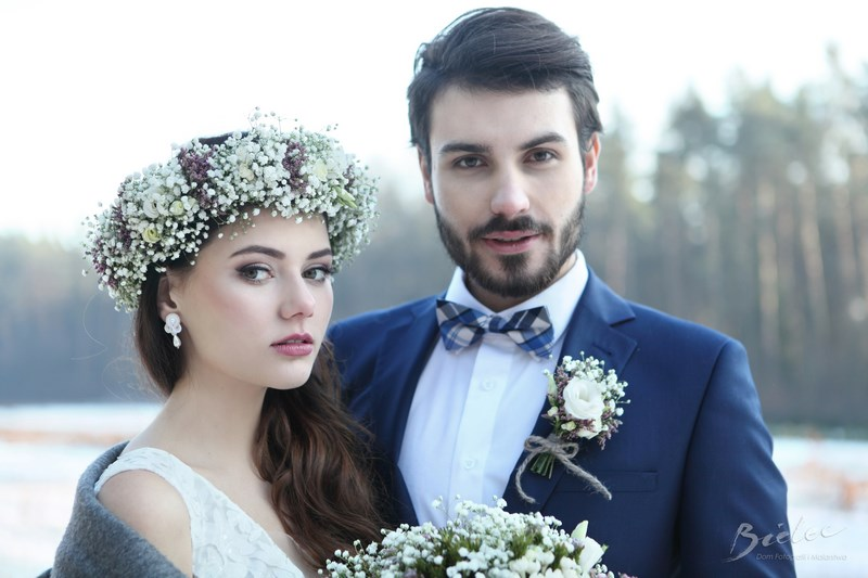 zimowa sesja ślubna winter photoshoot winter wedding gowm bride