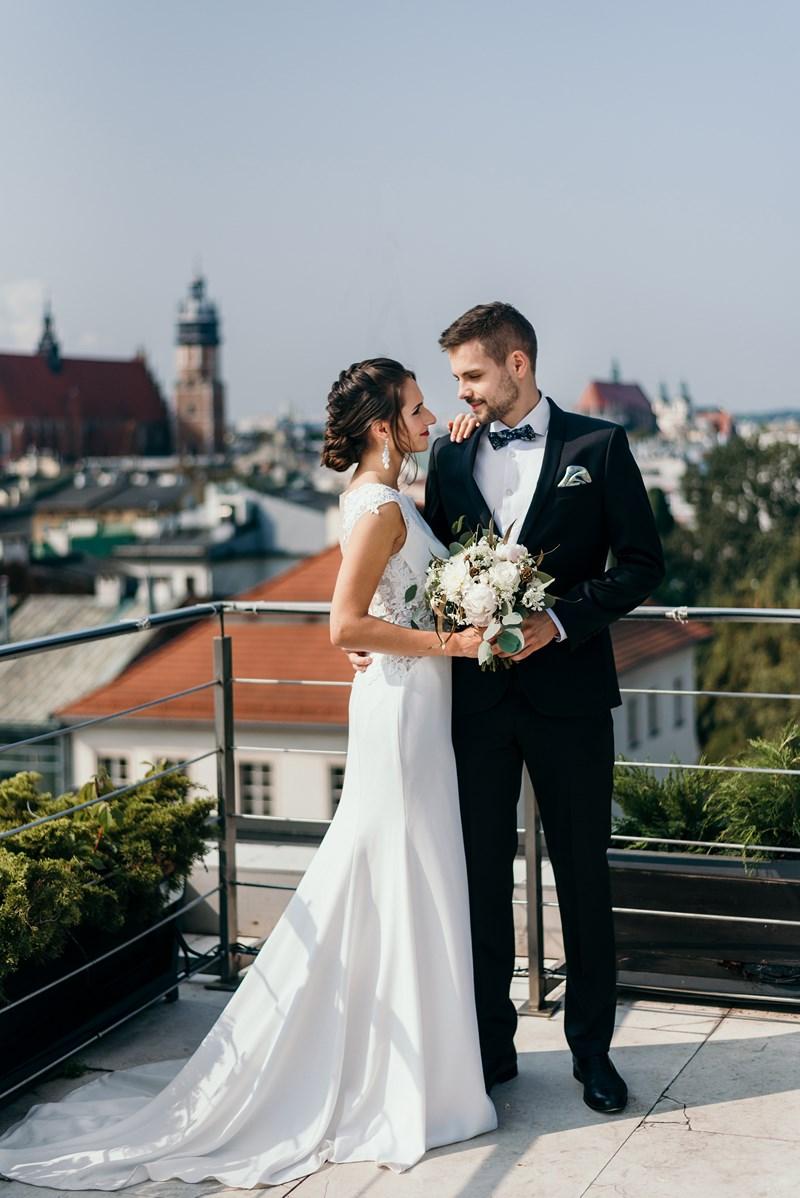 Pomysł Na Minimalistyczny ślub I Wesele W Odcieniach Bieli Abcslubupl