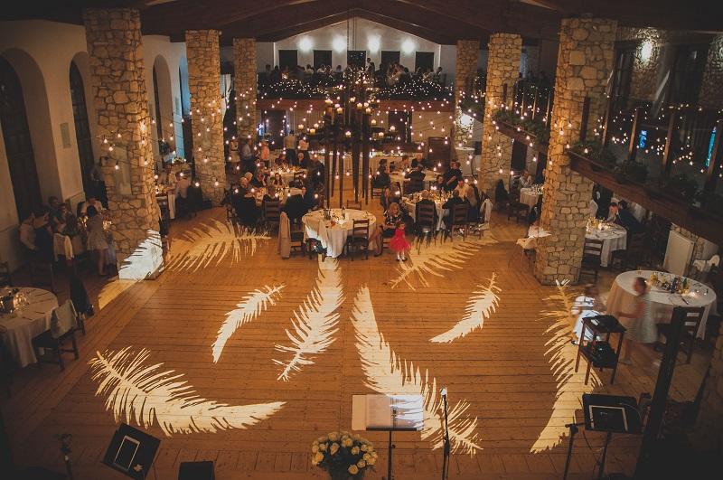 Trendy ślubne 2018 15 Sposobów Na Dekorację Sali Weselnej