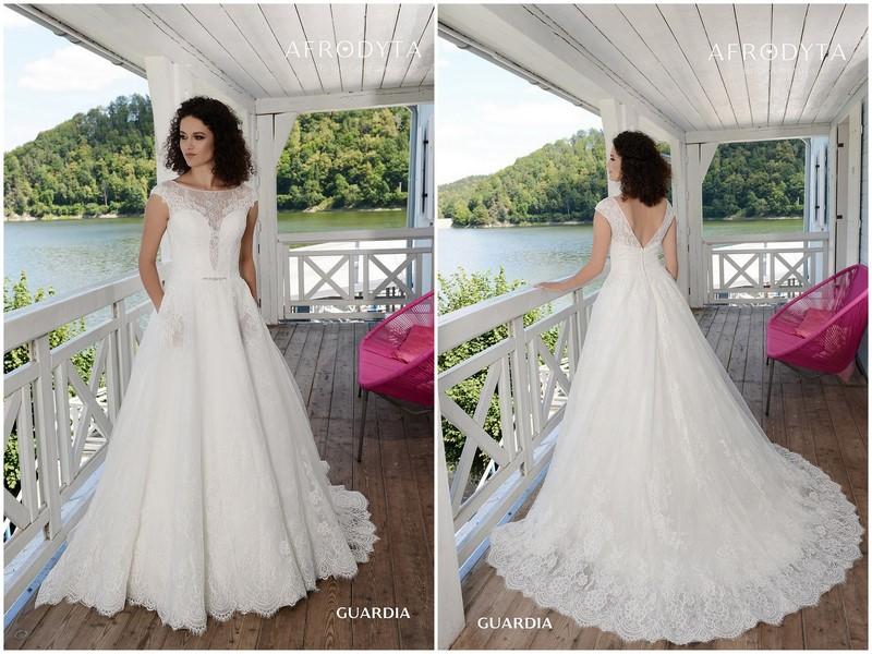 Suknie ślubne 2019 Dom Mody ślubnej Afrodyta Kolekcja Elope