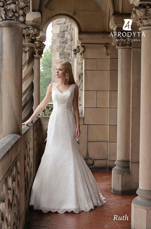 a70f878282 suknie ślubne dla Panien Młodych z dużym biustem