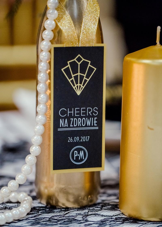 7921184eb2 Jak wybrać oryginalne i praktyczne prezenty dla gości weselnych ...