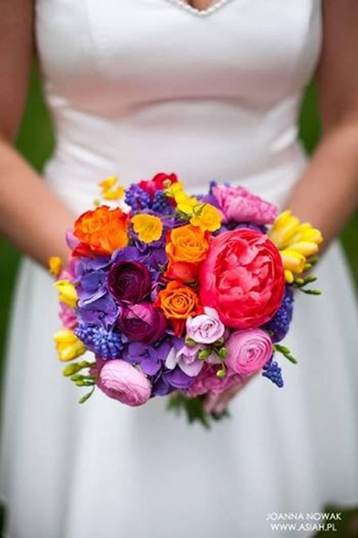 Nareszcie Jest Cudowny Maj Kwiaty Sezonowe W Bukietach I