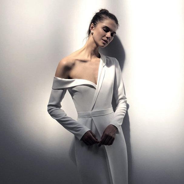 Minimalistyczne suknie ślubne w stylu Meghan Markle - inspiracje